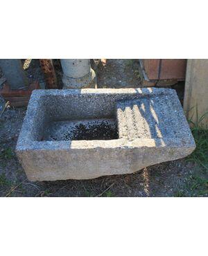 Lavatoio in pietra