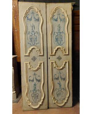 ptl557 - porta laccata a due battenti, epoca '700, cm l 109 x h 224