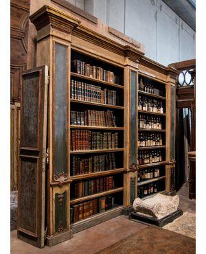 lib110 - 3 mobili di biblioteca laccati e dorati, ep. '700, proven. Sicilia