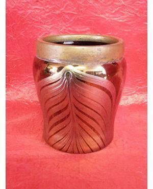 Piccolo vaso in vetro iridescente