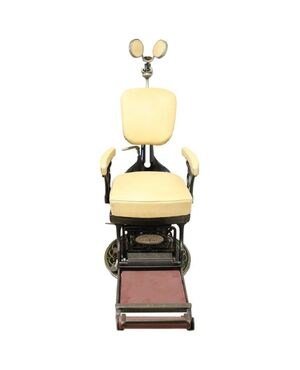 Sedia da dentista antica in ferro forgiato e pelle, 1910 PREZZO TRATTABILE