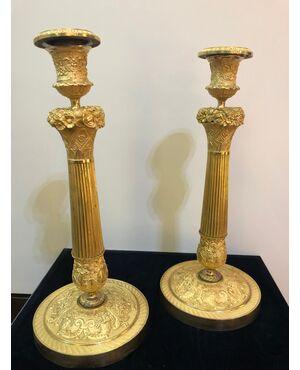 Coppia di bugie in bronzo dorato Impero Francia 1810