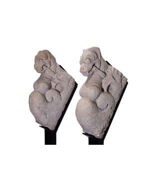 Coppia Cariatidi in marmo, Italia, sec. XV