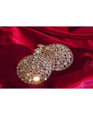 Orecchini tondi a rosette di diamanti piatte