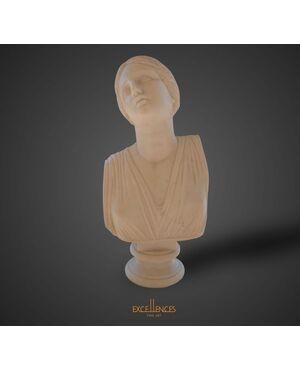 Antica scultura busto di giovane donna
