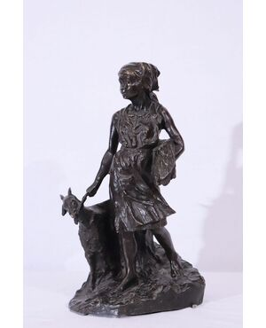 """Scultura in bronzo, """"Pastorella con capra"""" Sec. XX"""