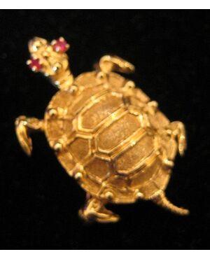 Tartaruga in oro giallo con spilla Art. 1527