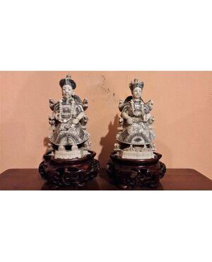 Coppia di sculture in avorio, imperatore e imperatrice, fine '800